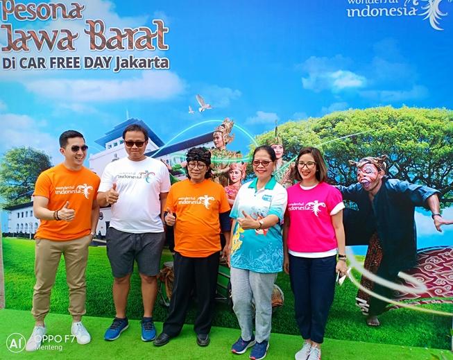 Pesona Wisata Jawa Barat Ramaikan Car Free Day Jakarta